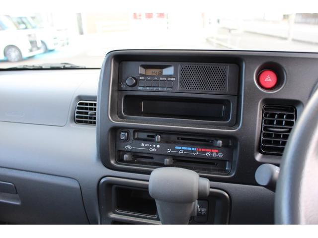 FM/AMラジオが装備されています