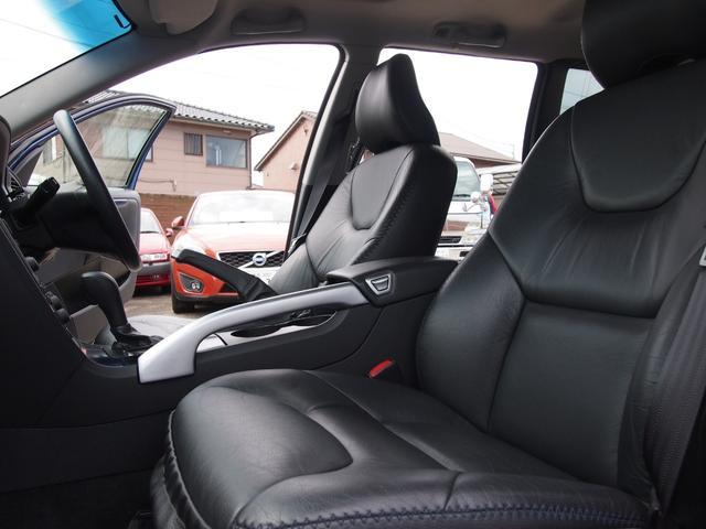 「ボルボ」「ボルボ XC70」「SUV・クロカン」「徳島県」の中古車56