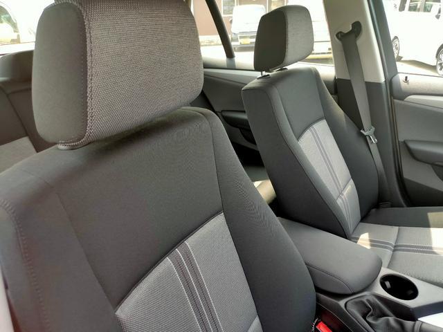 sDrive 18i サンルーフ HID HDDナビ ETC ディーラー車ワンオーナー(11枚目)