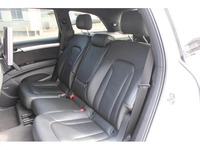 「アウディ」「Q7」「SUV・クロカン」「香川県」の中古車22
