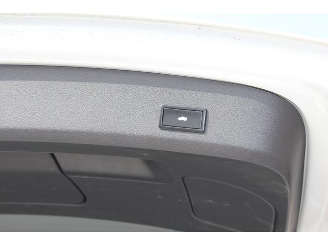 「アウディ」「Q7」「SUV・クロカン」「香川県」の中古車28