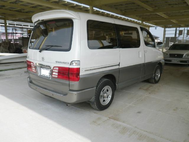 トヨタ グランドハイエース リミテッド 4WD 外品ホイール サンルーフ