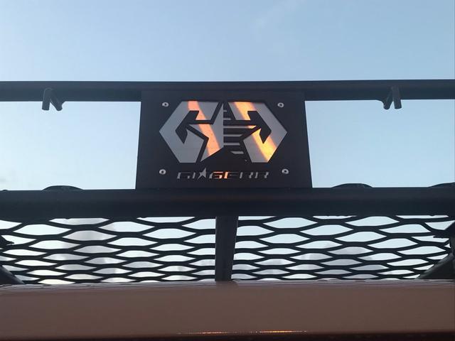 DX グー保証3年付 ディーゼル ルーフラック グリルガード テールランプガード オーバーフェンダー ホワイトレターマッドタイヤ 社外15AW ナビ ETC バックカメラ 両サイド後部フィルム施工済(19枚目)