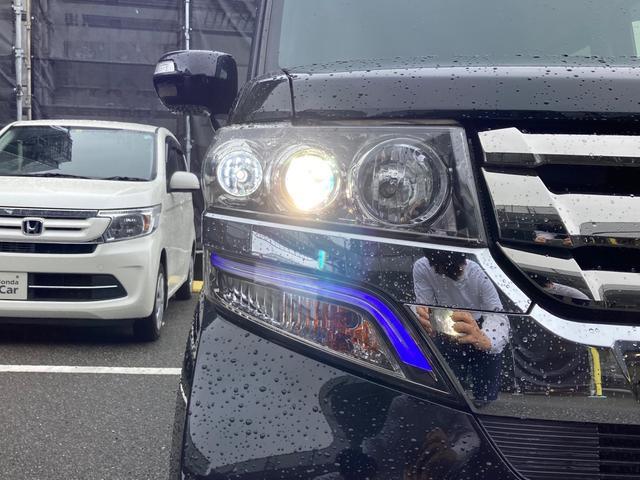 G・Lパッケージ メモリーナビ フルセグTV Bluetooth接続 DVD再生 ETC リア左側パワースライドドア 両側イージークローザー スマートキー HIDヘッドライト LEDルームランプ(8枚目)