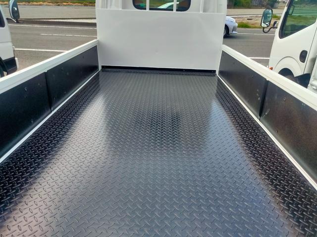 荷台鉄板張り マニュアルモード付オートマ 積載量 2トン(17枚目)