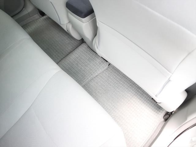 「トヨタ」「プリウス」「セダン」「徳島県」の中古車62