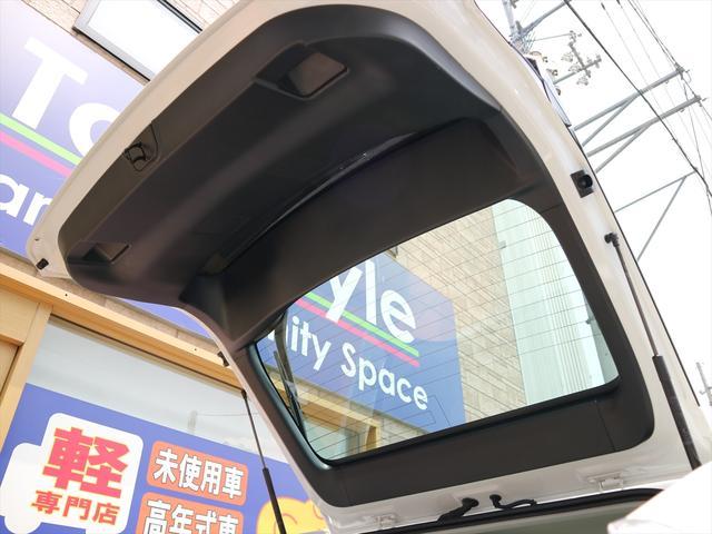 「トヨタ」「プリウス」「セダン」「徳島県」の中古車67