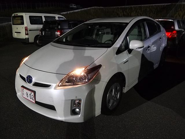 「トヨタ」「プリウス」「セダン」「徳島県」の中古車70