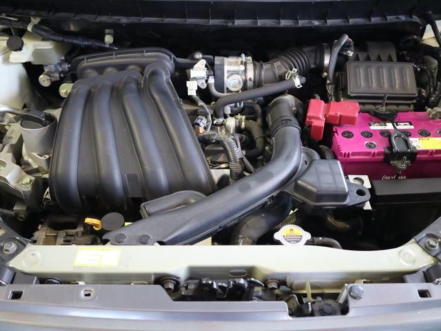 タイミングチェーン搭載のエンジンですから、10万キロでベルト交換なんて心配は不要です♪車検整備付きで、24ヶ月定期点検記録簿を発行し、エンジンオイル・ブレーキオイル・ワイパーゴムは全車交換致します。