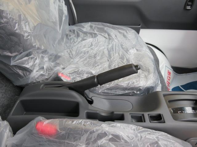 X パートタイム4WD ディスチャージヘッドランプ装着車(17枚目)