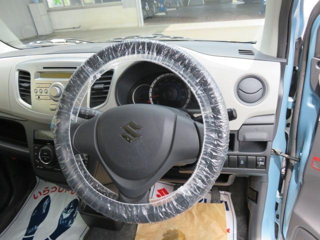 FX CDプレーヤー装着車 アイドリングストップ イモビライザー 電動格納式ドアミラー(12枚目)