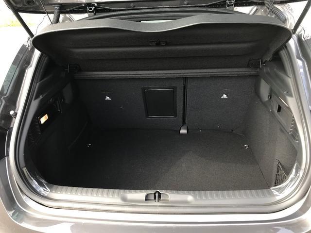 「シトロエン」「シトロエン DS4」「SUV・クロカン」「香川県」の中古車12