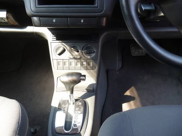 フォルクスワーゲン VW ルポ ベースグレード