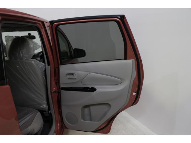 三菱 eKワゴン E 登録済未使用車 キーレス シートヒーター 車内オシャレ