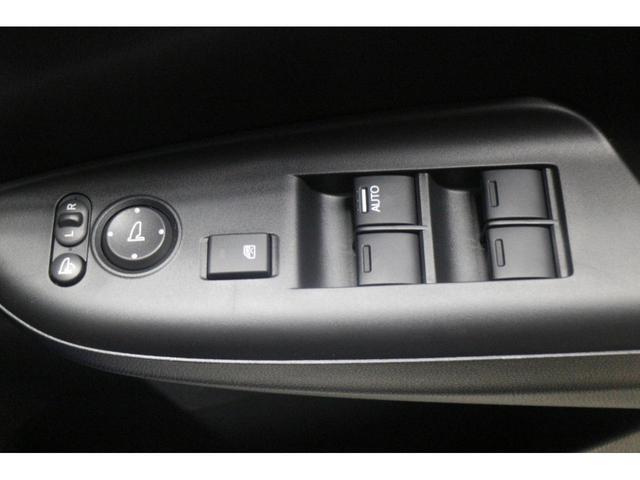 13G・F 登録済未使用車 オートエアコン Pスタート(16枚目)