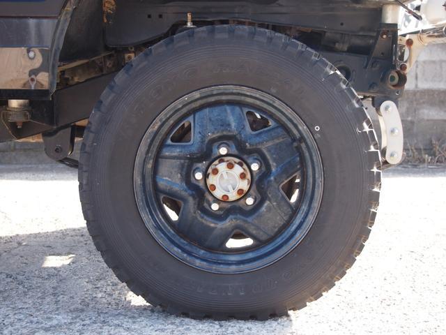 スズキ ジムニー入庫しました!MT車 足回り新品 リフトアップ タイミングベルト新品 タイヤ新品です!お気軽にお問合せ下さい!