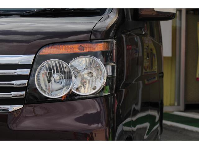 ヘッドライトは車の顔を印象付けます!