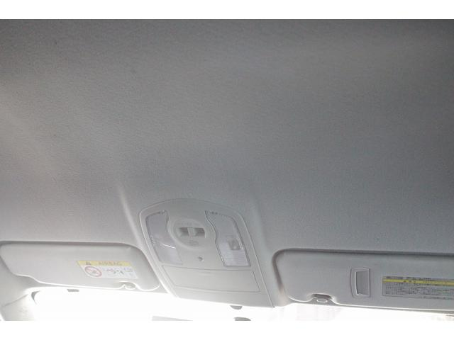 「トヨタ」「プリウス」「セダン」「徳島県」の中古車34