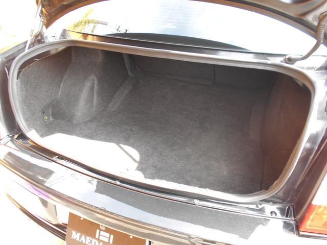 「クライスラー」「クライスラー 300C」「セダン」「愛媛県」の中古車32