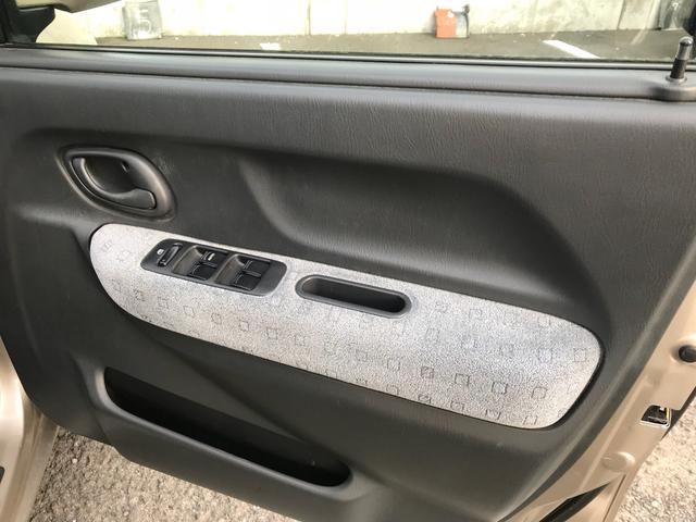 Bターボ 4WD 5速MT(12枚目)