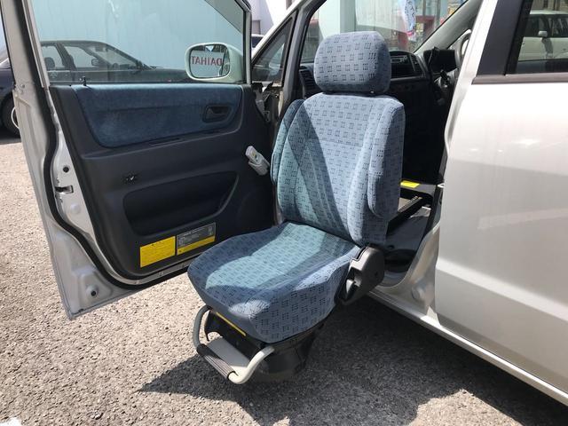 助手席回転シート 福祉車両(3枚目)