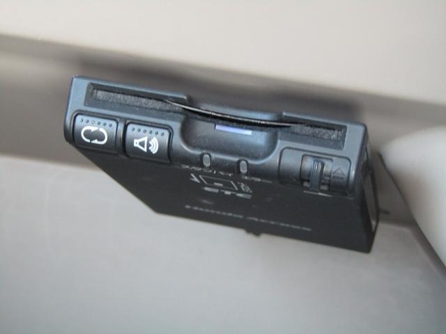 G 左側電動スライドドア 社外ナビ(16枚目)