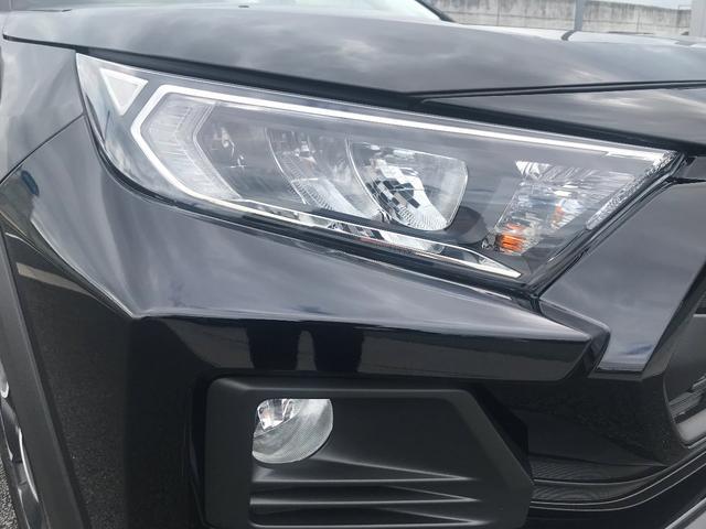 アドベンチャー 4WD/白内装/アルパイン9インチナビ/パノラマルーフ/Dミラー/スペアタイヤ/クリアランスソナー/シートヒーター・ベンチレーション/おくだけ充電/パワーバックドア(4枚目)