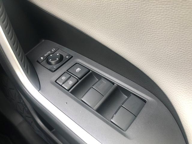 アドベンチャー 4WD/白内装/アルパイン9インチナビ/パノラマルーフ/Dミラー/スペアタイヤ/クリアランスソナー/シートヒーター・ベンチレーション/おくだけ充電/パワーバックドア(32枚目)