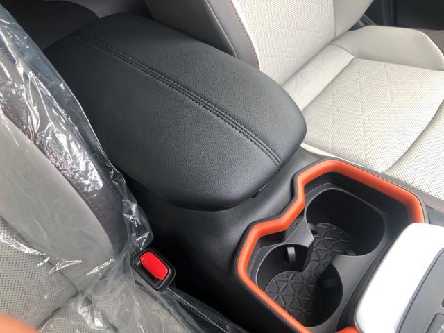 アドベンチャー 4WD/白内装/アルパイン9インチナビ/パノラマルーフ/Dミラー/スペアタイヤ/クリアランスソナー/シートヒーター・ベンチレーション/おくだけ充電/パワーバックドア(41枚目)