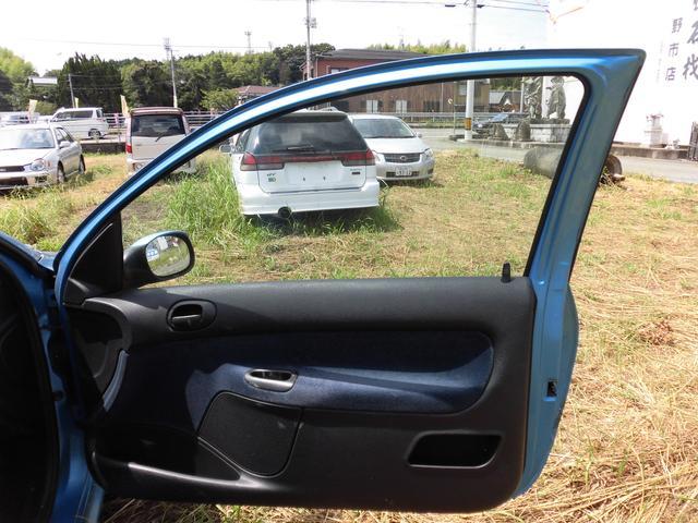 プジョー プジョー 206 XT ディーラー車 右ハンドル