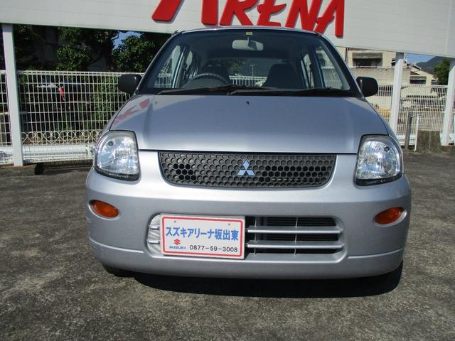 三菱 ミニカ ライラ 5ドア 5速マニュアル車