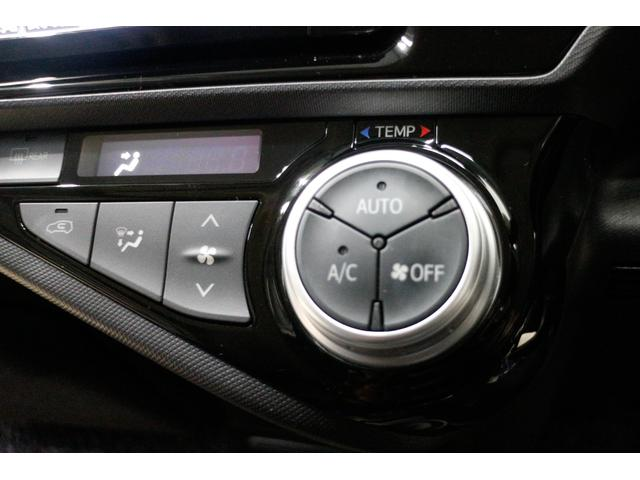 トヨタ アクア S ナビ フルセグTV バックカメラ ETC オートライト