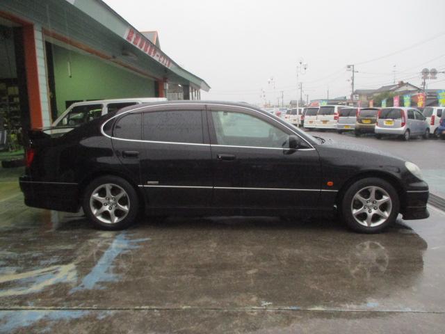 S300ベルテックスエディション 黒皮シート(5枚目)
