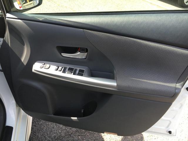 トヨタ プリウスアルファ Gツーリングセレクション クルーズコントロール HDDナビ