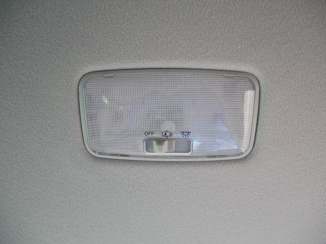 V 純正SDナビ ETC バックモニター 前方カメラ プッシュスタート アイドリングストップ 左側電動スライドドア フロントガラスワイパー凍結防止機能 空気清浄機能ナノイー トヨタセーフティセンス付き(39枚目)