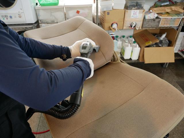 ハイブリッドGパッケージ 純正ナビ バックモニター ETC プッシュスタート トヨタセーフティセンス シートヒーター付き(45枚目)