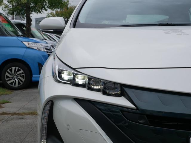 A 純正ナビ ETC バックモニター トヨタセーフティセンス プッシュスタート ブラインドスポットモニター 駐車アシスト機能 シートヒーター付き(8枚目)