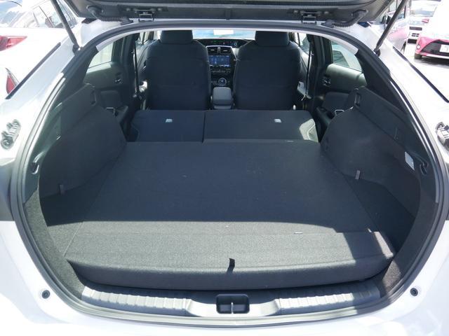 A 純正ナビ ETC バックモニター トヨタセーフティセンス プッシュスタート ブラインドスポットモニター 駐車アシスト機能 シートヒーター付き(43枚目)