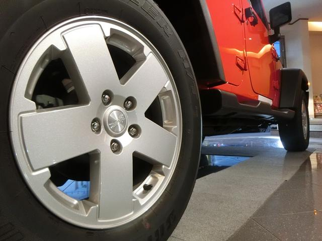 クライスラー・ジープ クライスラージープ ラングラーアンリミテッド スポーツ 弊社デモカー 特別金利実施中 4WD サイドカメラ