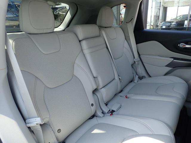 リミテッド 4WD レザーシート シートヒーター(12枚目)