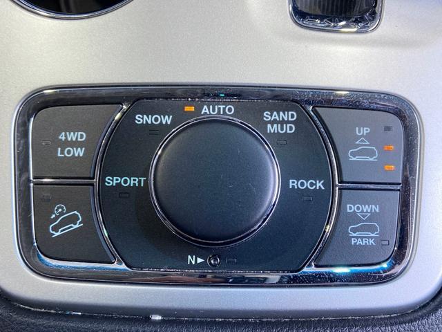 70thアニバーサリーエディション 4WD HDDナビ(51枚目)