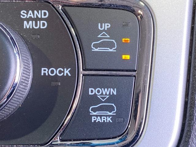 70thアニバーサリーエディション 4WD HDDナビ(54枚目)