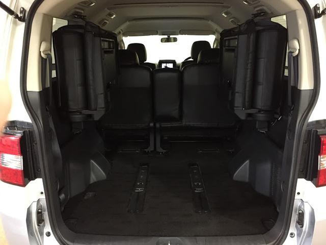 エクシードII 4WD パワースライド メーカーHDDナビ(13枚目)