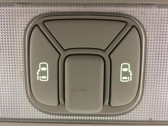 X 4WD 両側パワースライドドア フリップダウンモニター(8枚目)