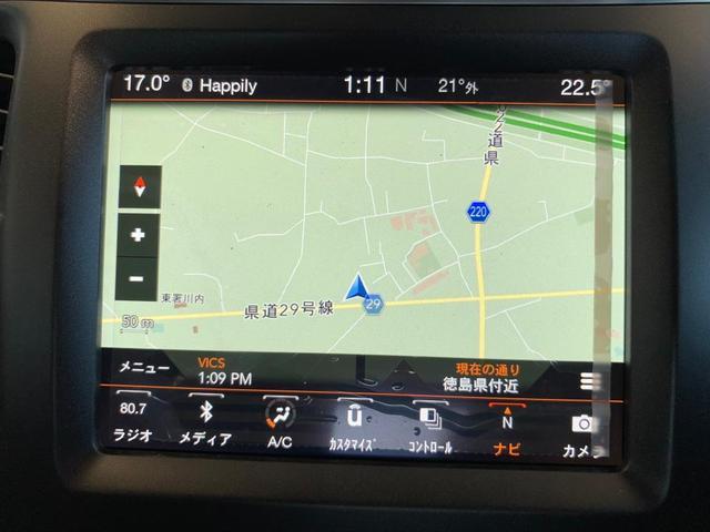 トレイルホーク 4WD 純正ナビ 本革シート シートヒーター(4枚目)