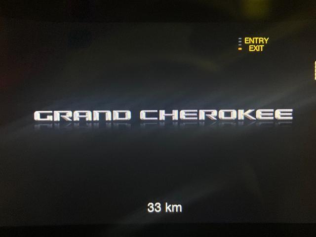 トレイルホーク 4WD・限定車・エアサス・純正ナビ・ハーフレザーシート・純正18AW・LEDデイライト・STOP機能付・アルパイン製スピーカー・AppleCarPlay・AndroidAuto・前面衝突警報(55枚目)