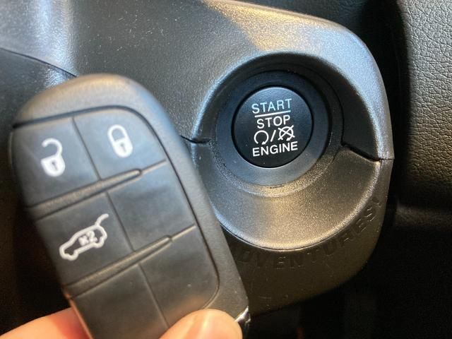 リミテッド 純正ナビ 本革シート シートヒーター ハンドルヒーター パワーシート バックカメラ AppleCarPlay対応 アダプティブクルーズコントロール スマートキー アイドリングストップ LEDライト(7枚目)