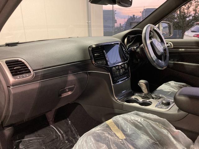 リミテッド リミテッド 4WD 純正ナビ 本革シート シートヒーター シートクーラー ハンドルヒーター シートメモリー機能 Bカメラ 前面衝突警報 アダプティブクルーズコントロール スマートキー 自動駐車システム(74枚目)