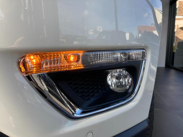 リミテッド 4WD サンルーフ 純正ナビ 本革シート シートヒーター パワーシート クルーズコントロール バックカメラ 全面衝突警報 コーナーセンサー アイドリングストップ ETC 電子制御式パーキングブレーキ(29枚目)