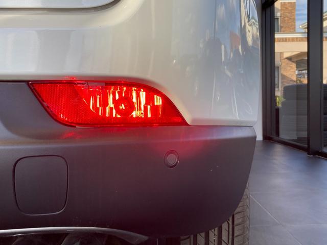リミテッド 4WD サンルーフ 純正ナビ 本革シート シートヒーター パワーシート クルーズコントロール バックカメラ 全面衝突警報 コーナーセンサー アイドリングストップ ETC 電子制御式パーキングブレーキ(44枚目)